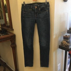 AMERICAN EAGLE Skinny Stretch Blue Jeans Size 2